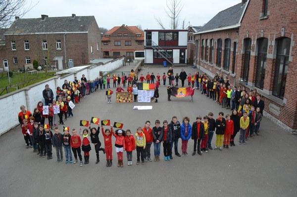 école hommage victimes attentats